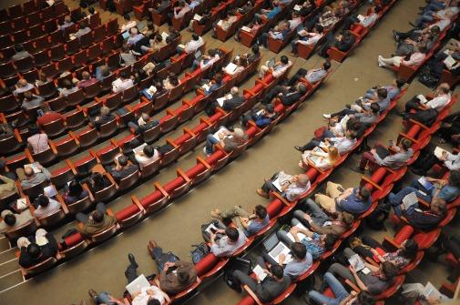 https://pixabay.com/en/event-auditorium-conference-1597531/